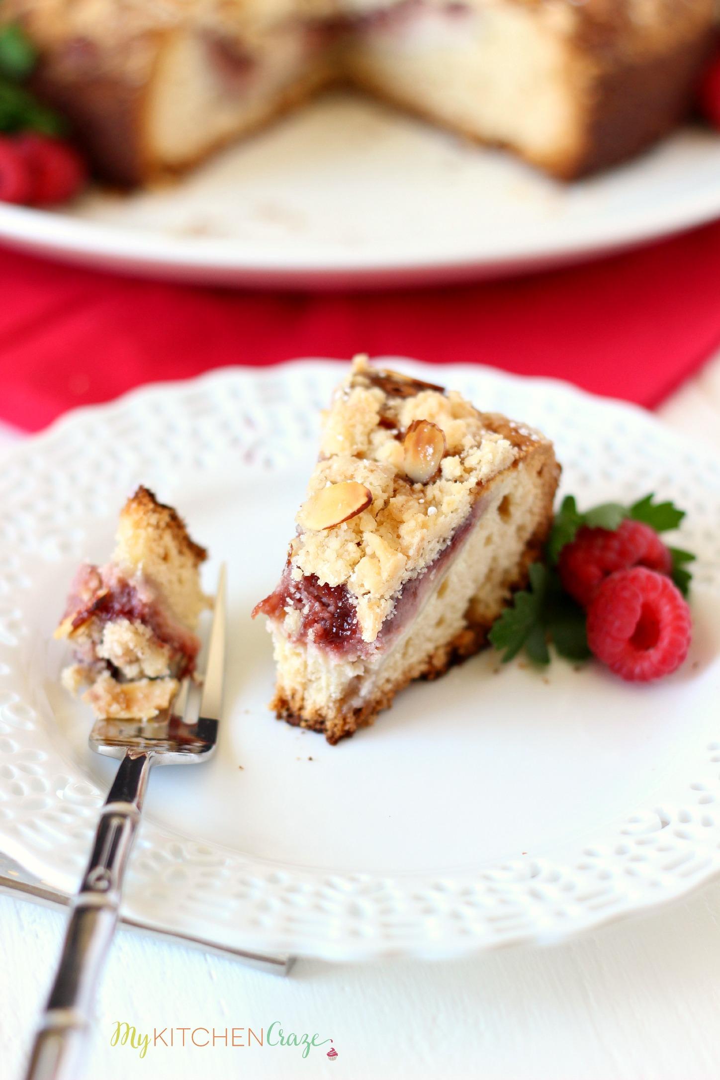 Raspberry Cream Cheese Coffee Cake ~ mykitchencraze.com