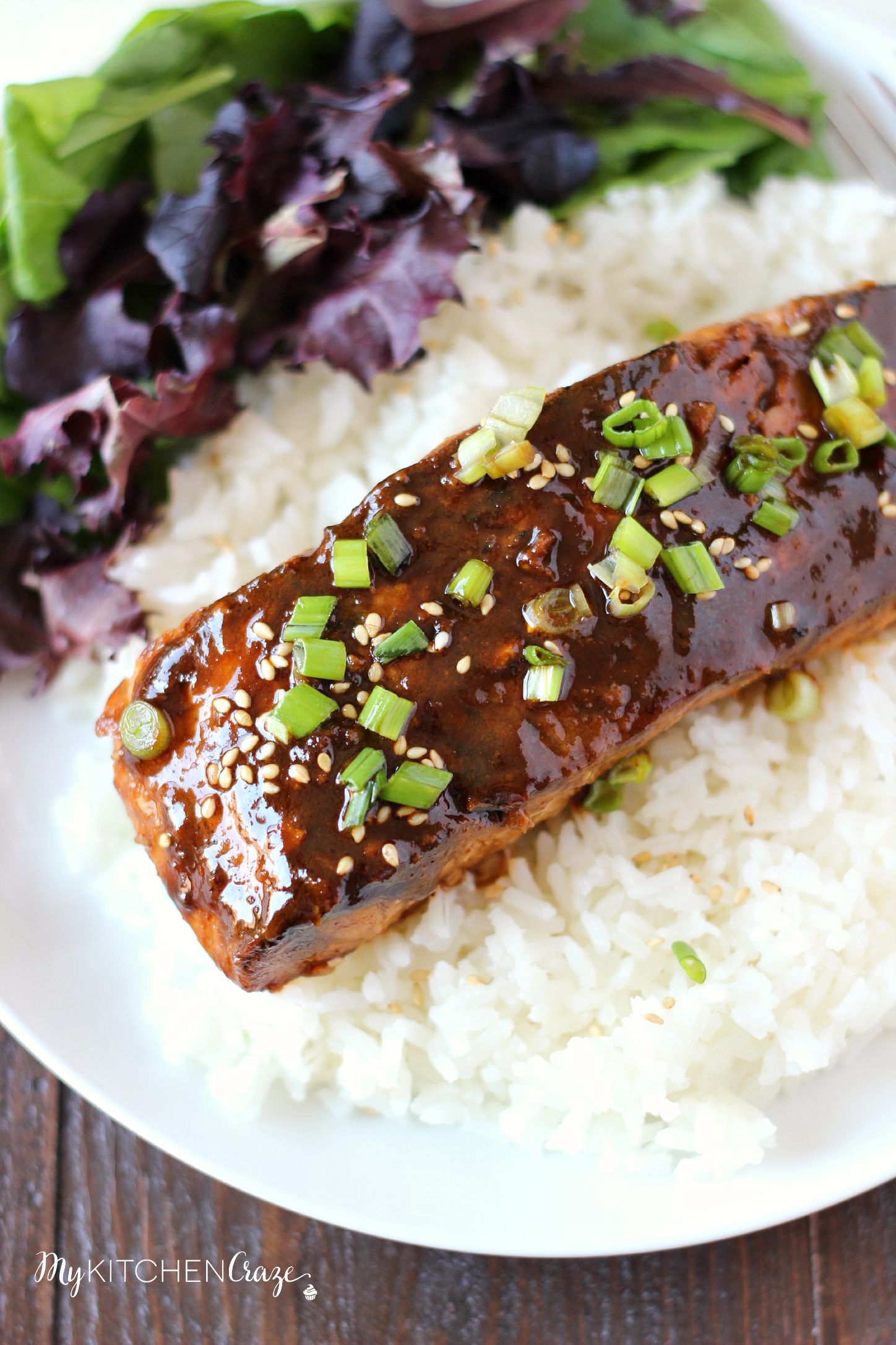 Honey Sriracha Glazed Salmon ~ mykitchencraze.com