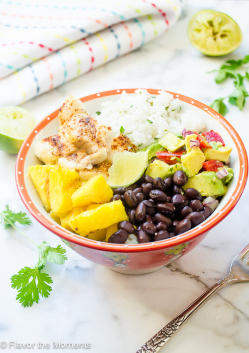 fish-taco-bowls-with-cilantro-lime-rice-and-grilled-pineapple2-flavorthemoments.com_-500x708