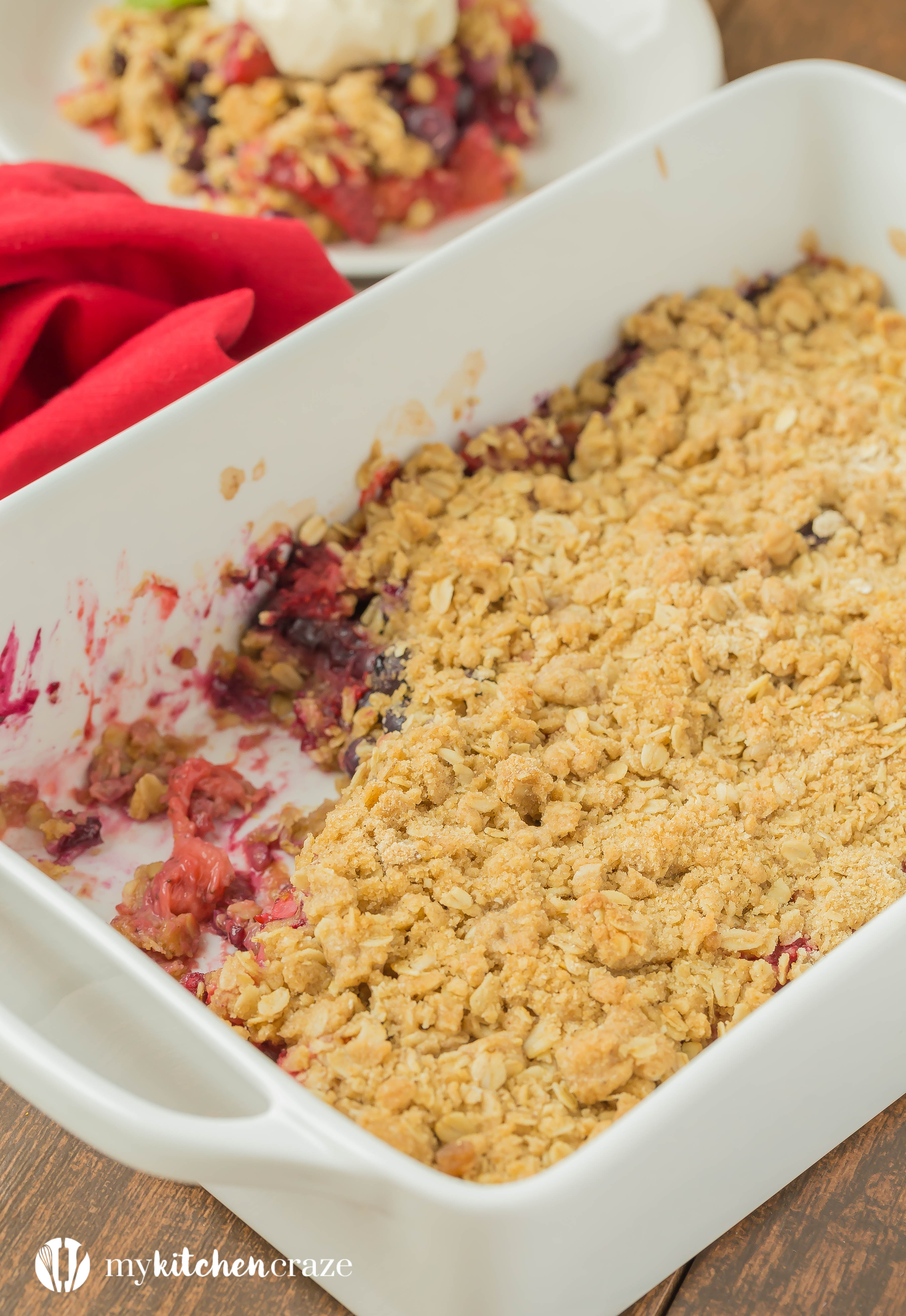 Warm mixed berries topped with crispy oats, make this Triple Berry Crisp a delicious fruit dessert! Serve it with a big scoop of vanilla ice cream or all by its self. It's delicious and a must have this season!